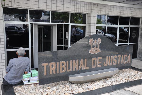 A vaga do Quinto Constitucional do Tribunal de Justiça foi deixada pelo desembargador Caio Alencar, que pediu aposentadoria
