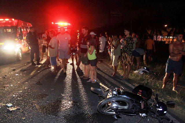 Motorista do carro envolvido no acidente fugiu sem prestar socorro às vítimas