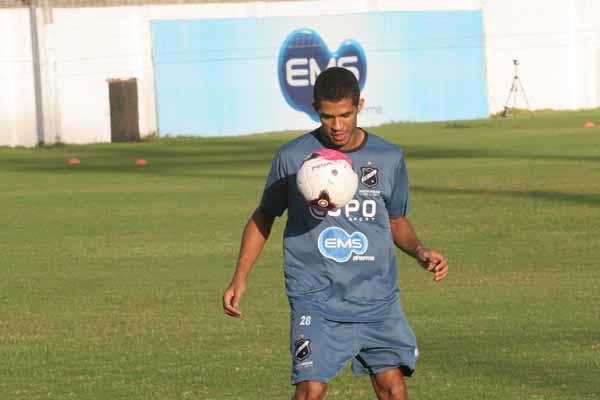 Alvinho defenderá o Baraúnas na Série D do Brasileiro