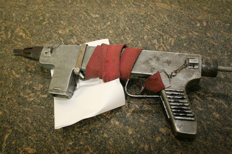 Arma apreendida pela Policia Militar na zona norte de Natal.