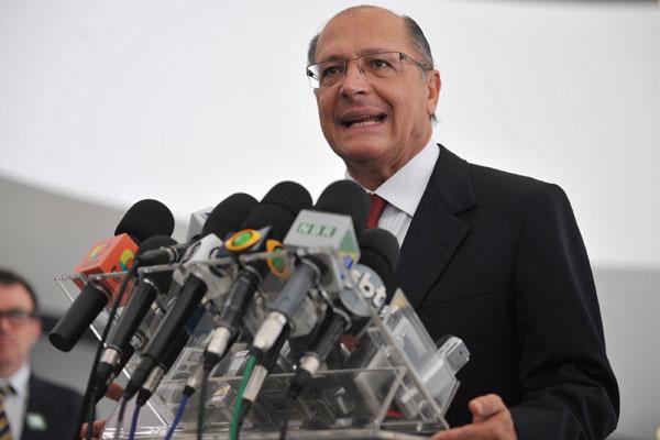 Geraldo Alckmin sinaliza ter intenção de entrar na disputa