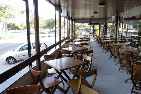Com nova administração, bar e petiscaria Esquina 14, no Tirol, inaugura o espaço Agorà Piadineria e Creperia, do músico potiguar Rogério Tavares