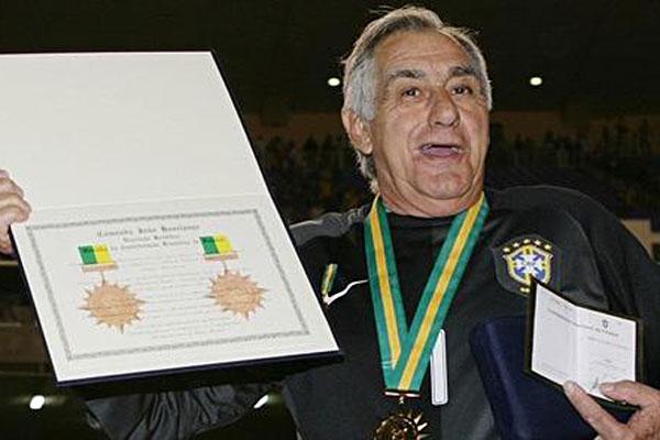 Ex-goleiro Félix foi campeão do mundo com a seleção brasileira em 1974