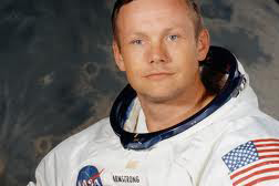 Armstrong foi o primeiro homem a pisar na Lua