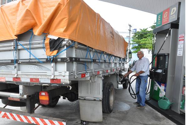 Posto de combustíveis em Natal: preço do óleo diesel subiu de R$ 2,044 para R$ 2,103, por litro