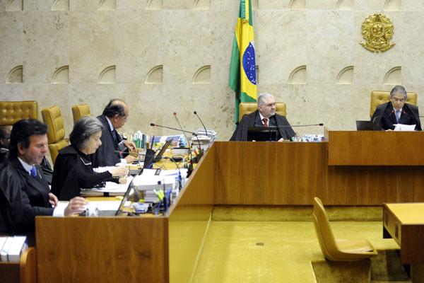 João Paulo Cunha foi considerado culpado pelos crimes de corrupção passiva e peculato