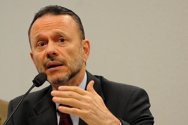 Luciano Coutinho, presidente do BNDES: Financiamos desde a implantação de parques eólicos até a construção da nova arena para os jogos da Copa do Mundo