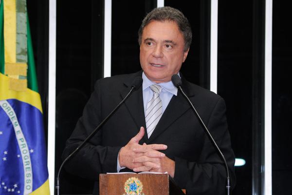Senador Álvaro Dias, líder da bancada do PSDB, não desistiu das investigações na Comissão