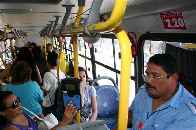 Usuários de transporte ficam surpresos com mudança na tarifa. Desta vez, foi revogação do aumento
