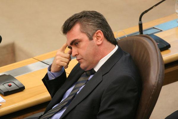 Deputado Gilson Moura é citado em trocas de e-mails entre réus da Operação Pecado Capital