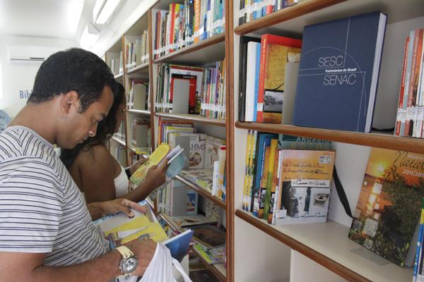 Acervo da biblioteca itinerante é um dos mais atualizados
