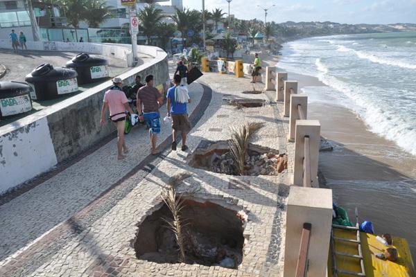 Calçadão de Ponta Negra está interditado desde 7 de julho passado