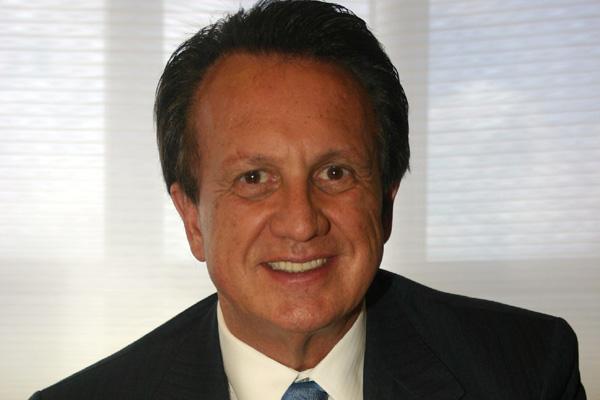 Fundador da  maior empresa de medicina de grugo, Edson Bueno será mantido na direção da Amil