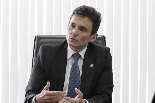 Manoel Onofre Neto, Procurador-geral de Justiça: E a sociedade tomando conhecimento de algumas condutas, não sendo sigilosas, obviamente, tem um potencial preventivo importante.