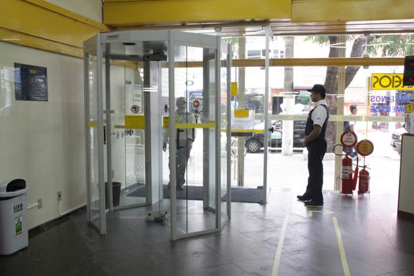 Para tentar coibir a violência, a ECT vai investir R$ 4,4 milhões em equipamentos de segurança