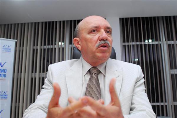 Anselmo Carvalho, relatório da CGE vai ser reaberto para análise