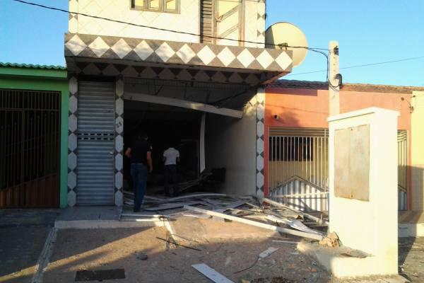 Agência do Bradesco em Grossos também foi assaltada com o uso de explosivos