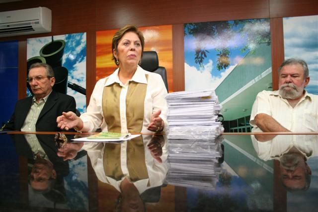A governadora Rosalba Ciarlini anunciou hoje que o Rio Grande do Norte receberá R$ 250 milhões em investimentos no combate e na convivência com a seca
