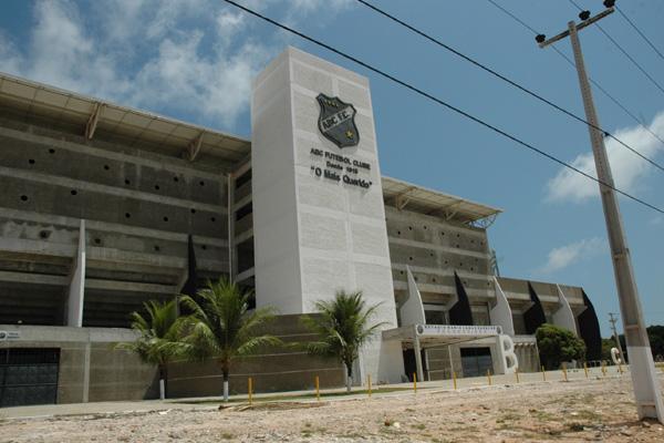 A venda de ingressos, inclusive para os torcedores do América, deverá ser realizada nas bilheterias do Estádio Maria Lamas Farache