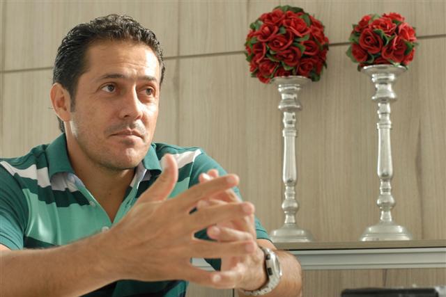Ex-jogador Maurílio tem a chance de retomar a carreira como técnico no Alecreim