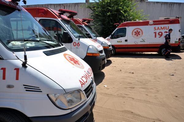 Com a paralisação, ambulâncias do Samu não saíram do estacionamento da sede