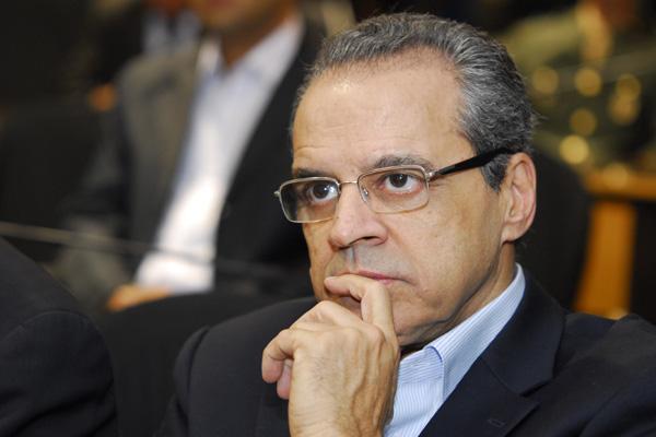 A definição ocorreu ontem, durante audiência do deputado Henrique Eduardo Alves, com o ministro Gastão Vieira e o secretário nacional de Turismo, Fábio Mota