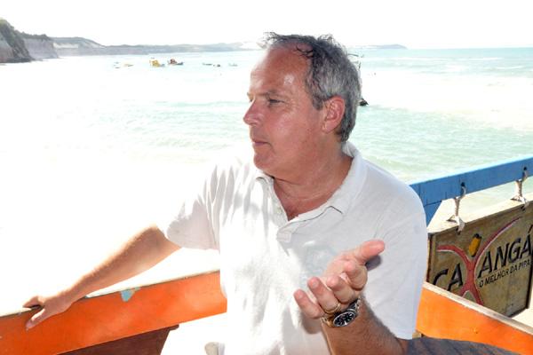 O diretor Jaime Monjardim faz primeiras imagens da Pipa