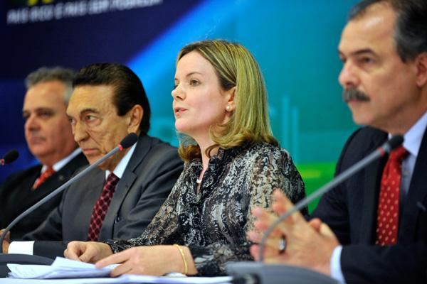 Gleisi Hoffmann: MP respeita a Constituição, os contratos estabelecidos e fortalece a Educação