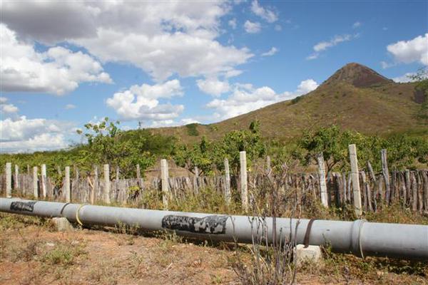Caern fará teste limitando distribuição de água pela adutora Sertão Central Cabugi