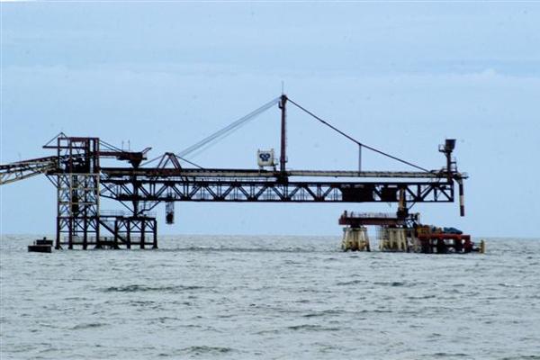 O Terminal de Areia Branca tem contato direto com navios provenientes e com destino ao continente africano, que importam mensalmente o sal potiguar