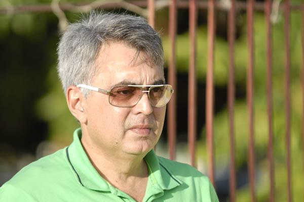 """Papelin disse que o clube ainda está em início de negociação e não há """"nada concreto"""""""