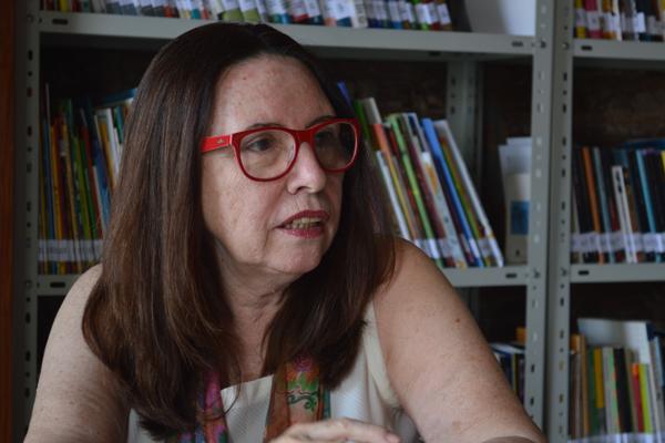 Autora de 20 livros, Clotilde relembra infância em internato