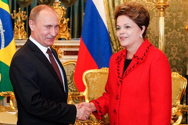 Dilma, que está na Rússia em viagem oficial, tem aprovação pessoal por 78% dos brasileiros