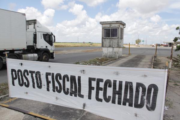 O posto de Caraú deixou de funcionar no último dia 30 de novembro. Agora, os caminhoneiros param apenas para usar o restaurante