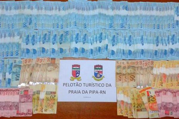 Babá roubou R$ 22.000 de um cofre da residência vizinha