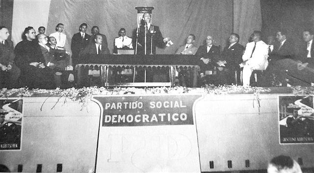 Convenção do PSD, com a presença de Juscelino, em 1955