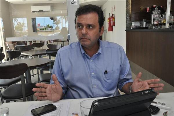Carlos Eduardo destaca necessidade de medidas com agilidade para recuperar a cidade