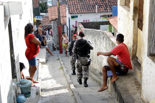 O Programa das Nações Unidas para o Desenvolvimento (PNUD) recomenda que, em conglomerados urbanos, os governos disponibilizem um agente policial para cada 250 habitantes