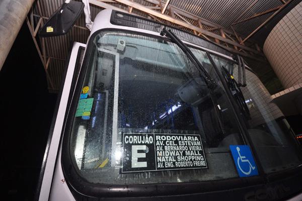 Cinco linhas noturnas circulam por Natal a partir da meia-noite. Segundo dados do Seturn, essas unidades transportam 90 passageiros por noite