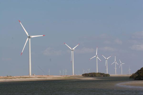 Atraso em obras prejudica quem inaugurou parques eólicos, mas não consegue fornecer energia por falhas no sistema de transmissão