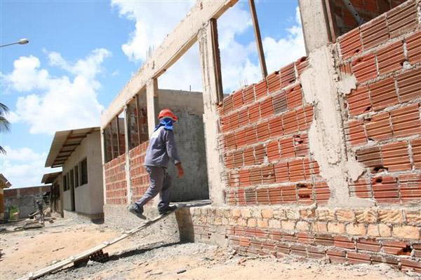 As obras do Ceduc Pitimbu, segundo informações da Fundac, devem ser concluídas em março