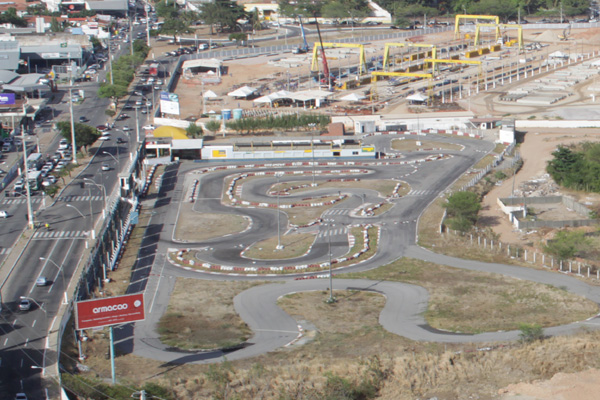 Terreno do kartódromo será usado como estacionamento da Arena