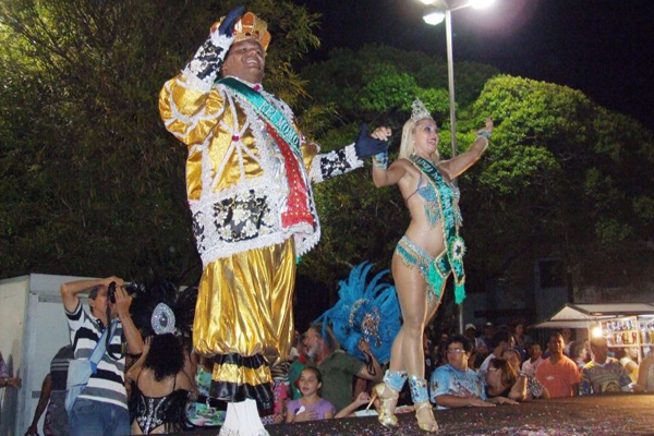 Rei Momo e Rainha do Carnaval iro participar dos eventos carnavalescos em Natal