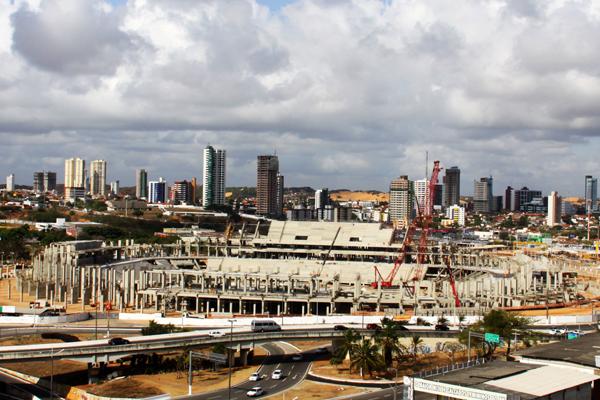 Obra da Arena das Dunas vai passar por uma nova vistoria dos técnicos da Fifa no próximo dia 31, o secretário da Secopa Demétrio Torres disse que o projeto está 52% concluído e tem bom andamento