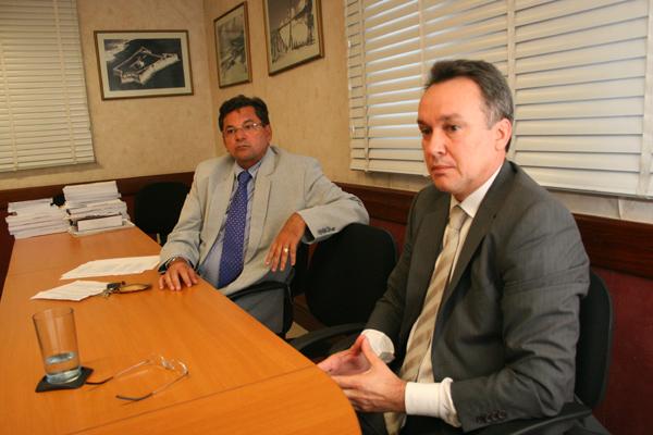 Manoel Dantas Batista e João Helder Dantas representam judicialmente os servidores
