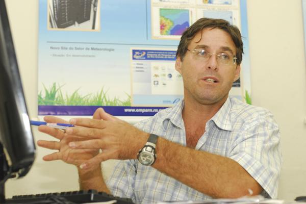 Gilmar Bristot explica que está começando uma estação chuvosa