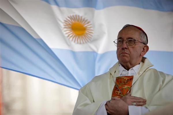 Em 2005, Bergoglio foi um dos mais votados no conclave convocado após a morte do papa João Paulo II, mas terminou sendo superado pelo cardeal Joseph Ratzinger