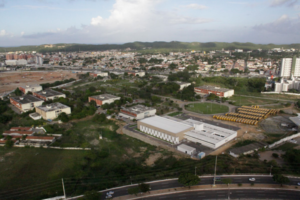 De acordo com a pesquisa do IBGE, o Governo estadual tem 55.690 funcionários públicos, dos quais mais de 97 por cento são estatutários