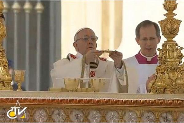 A missa rezada na manhã de hoje (19) representa o início do pontificado