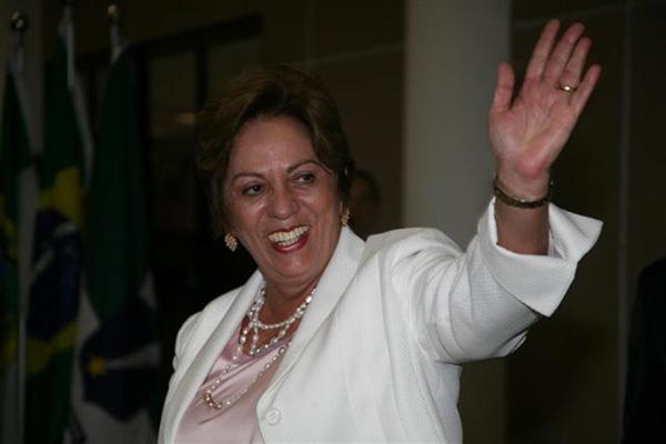 Governadora Rosalba Ciarlini empossa os novos secretários e tenta pacificar a base aliada